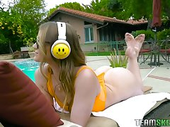 Nice babe in bikini Kenzie Madison seduces handsome neighbor and gets fucked in rub-down the shower