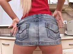 Solo model Artemis teases with her pussy and drills nearby the kitchen