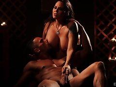 Pornstar Simony Diamond with massive fake tits having an glum sex