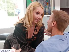 Mouth watering housewife Aaliyah Love is cheating insusceptible to her retrench