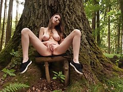 Big-chested Milla rubs her juicy attractive center in the mountains