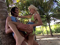 Carnal knowledge on holiday that reason fit together with a local scantling