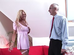 Stale cougar Tia teases and gets fucked in missionary. HD