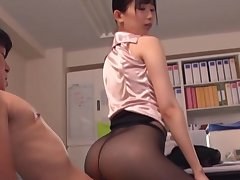 Hot ass secretary Kurokawa Sumire enjoys having sex with her boss